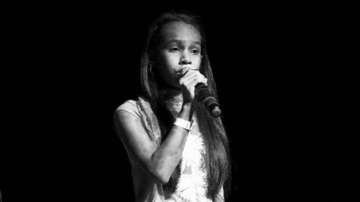 Singing Ave Maria